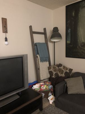 Decorative Farmhouse/Blanket Ladder for Sale in Los Angeles, CA