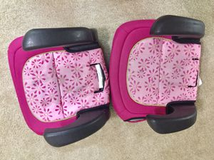 Baby car seat 🚘 for Sale in Waukesha, WI