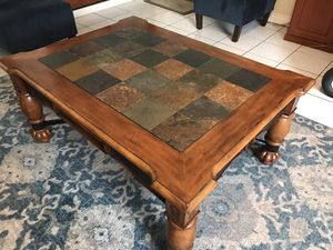 Strong Coffee table for Sale in Rancho Cucamonga, CA