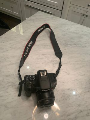 Canon Rebel T3i eos 600D digital camera for Sale in Boston, MA