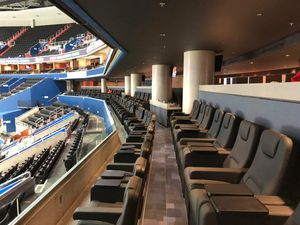 Wizards vs 76ers Tickets VIP Ultra Lounge for Sale in Landover, MD