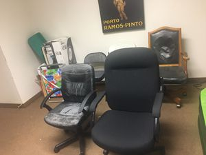 5 Office Chairs for Sale in Peabody, MA