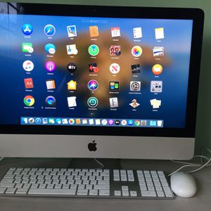 iMac Core i5 - 21.5 inches -like new - Catalina MacOS for Sale in Huntington Beach, CA