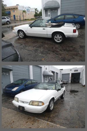 FORD MUSTANG CONVERTIBLE! Just 94 k ml.. V8. 5.0L for Sale in Hollywood, FL