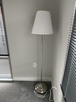 Floor lamp for Sale in Darien, CT
