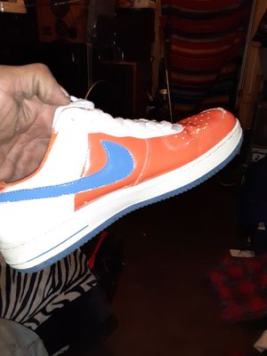 Knvb nike 9.5 shoes for Sale in Los Angeles, CA