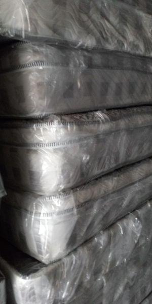 Queen size mattress for Sale in Phoenix, AZ