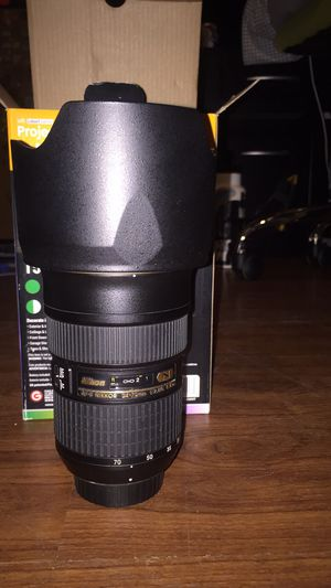 Nikon Nikkor 24-70mm f/2.8 ED G IF camera lens with hood, filter, and caps for Sale in Columbus, OH