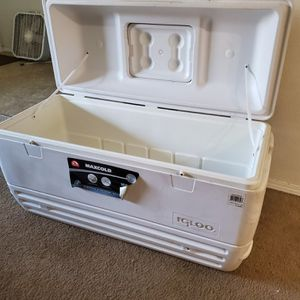 Igloo 165 QT cooler for Sale in Vancouver, WA