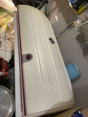Tanning bed for Sale in Palmetto Bay, FL