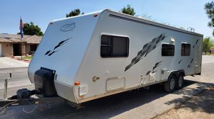 2005 R wagon toy hauler for Sale in North Las Vegas, NV