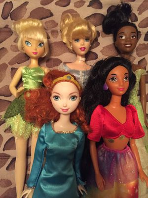 Disney Princess Dolls Beautiful group! for Sale in West Palm Beach, FL