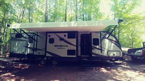 2017 Heartland Wilderness 3250 BS Travel Trailer for Sale in Raleigh, NC