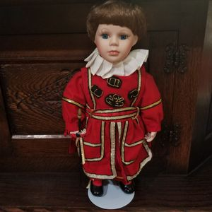 New BRITISH PORCELAIN DOLL for Sale in Anchorage, AK
