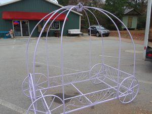 Princess Carriage Twin & Bunk Beds for Sale in Chapin, SC