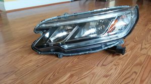 Car left front headlight Honda CRV 2015 for Sale in Hyattsville, MD