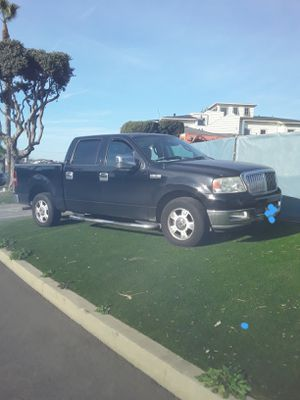 2004 Ford F150 good condition for Sale in Los Angeles, CA