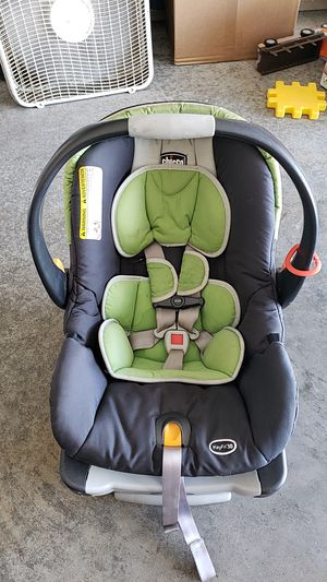 Chicco keyfit 30 base and seat for Sale in Springfield, MO