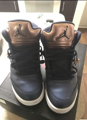 Jordan 5s Mint Condition size 10.5 for Sale in Atlanta, GA