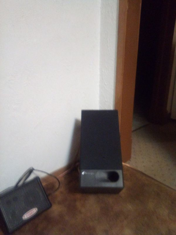Onkyo brand home theater system,with speakers,Cd player and Cassette player.sounds great.