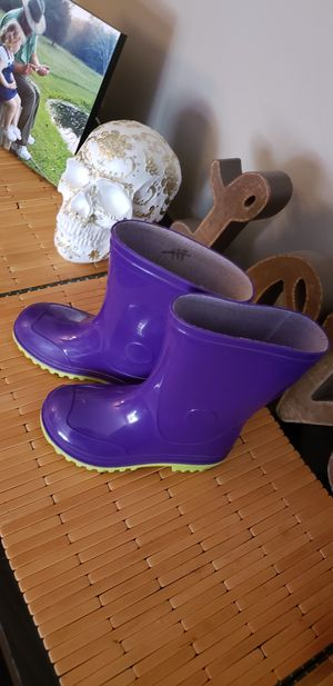 Size 10 toddle girl shoes and boots for Sale in Louisville, KY