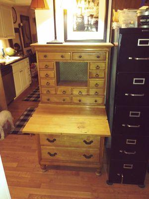Desk for Sale in Palm Springs, CA