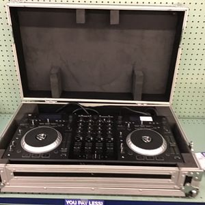 Numark DJ Turntable for Sale in Stone Mountain, GA