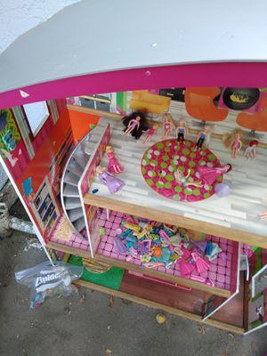 Dollhouse for Sale in Lynwood, CA