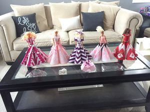 antique collectible barbies   pickup between 9-6 july 6th for Sale in Miami, FL