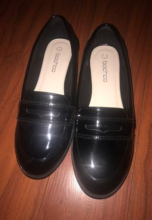 zapato size 6/39 es 81/2 for Sale in Los Angeles, CA