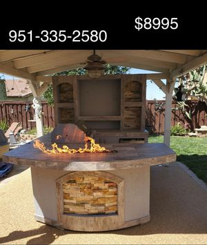 BBQ Island with Grill, Mini Fridge, Fire Table and Media Wall for Sale in Riverside, CA
