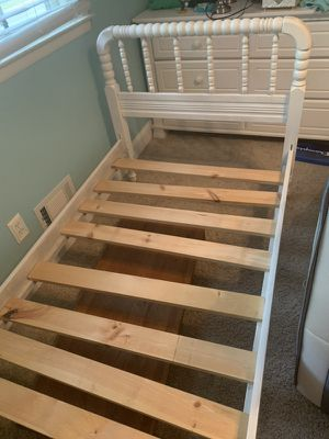 Twin bed for Sale in Toms River, NJ