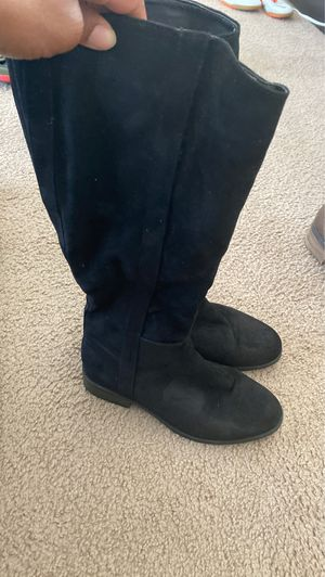 Black womens boots size 8 for Sale in Fort Leonard Wood, MO