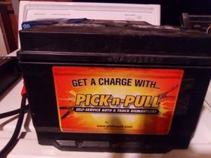 Top post battery fully charged for Sale in Stockton, CA