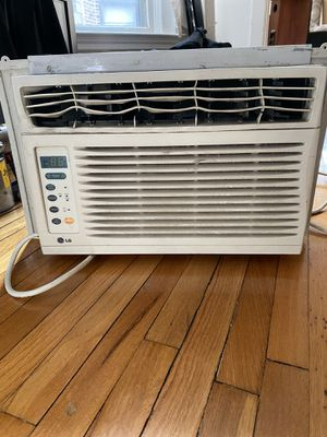 LG Air Conditioner for Sale in Chicago, IL