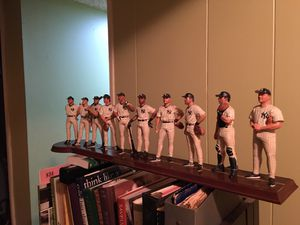 1998 New York Yankee Collectible Statue for Sale in Morris Plains, NJ