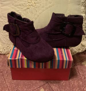 Girl boots for Sale in Rancho Dominguez, CA