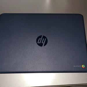 HP 14 Inch Chromebook for Sale in Miami, FL