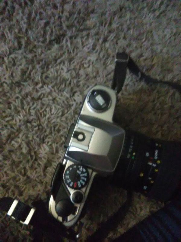 Nikon fm10 camera
