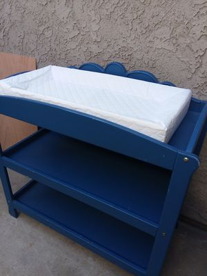 Baby changing table for Sale in Redlands, CA