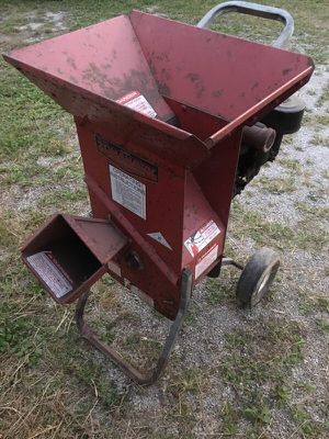 Wood chipper for Sale in Marengo, OH