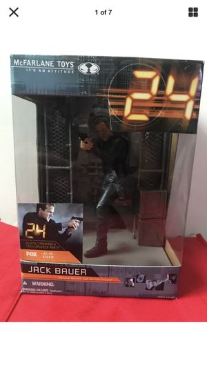 24 THE TV SHOW Jack Bauer Action Figure. And Set Pieces! (McFARLANE TOYS) for Sale in Clearwater, FL