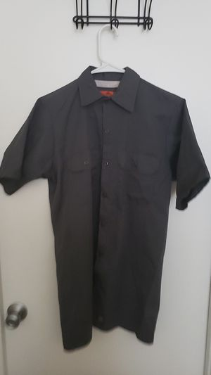 Red Kap size small grey collar shirt for Sale in Knoxville, TN