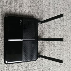 TP-LINK AC2300 wireless Gigabit WiFi Router, MU-MIMO, Range Boost for Sale in Bellevue, WA