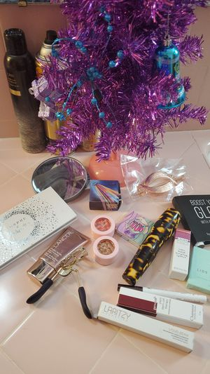 Jacklynn Hill, Ace Beaute, Tarte, Space Case Makeup for Sale in Tacoma, WA