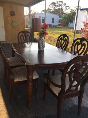 Sturdy Dining Table for Six for Sale in PINELLAS PARK, FL