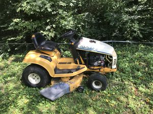 Cub Cadet Riding Lawn Mower for Sale in Alexandria, VA