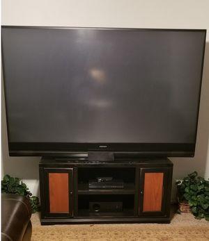 82'Mitsubishi flat screen TV for Sale in San Angelo, TX