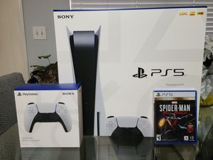 PLAYSTATION 5 Bundle Disc Edition for Sale in Hialeah, FL