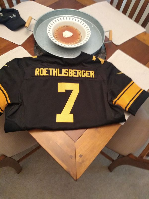 Steelers/Roethlesberger Color Rush jersey